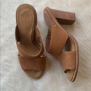 UGG: Tan Heeled Sandals size 8